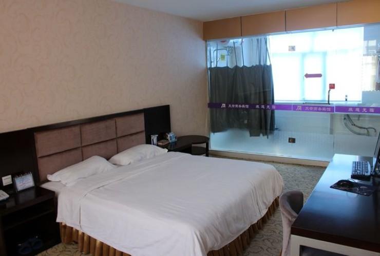 Номер с двуспальной кроватью 2